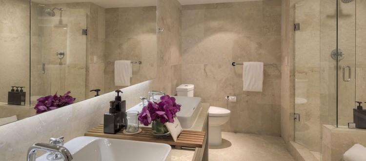 bathroom 1 hotel home