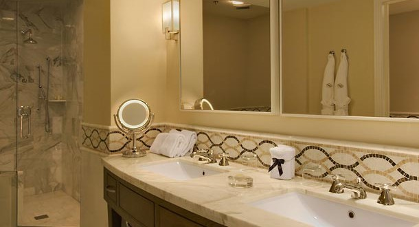 tower suite turnberry isle bathroom